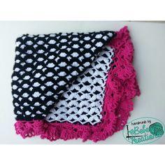 Reversible crochet blanket