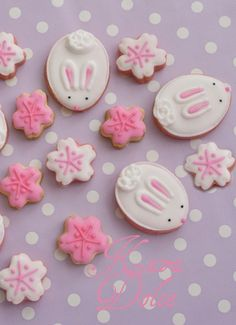 Easter egg cookie inspiration, Little Easter bunny cookies, Pastel pink snowflake Easter food ideas, Handmade Easter decoration ideas  #Easter #ideas #holiday http://www.loveitsomuch.com