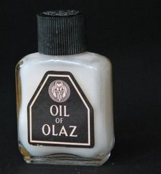 Oil of olaz, de roze crème die zo lekker rook! Oil Of Olaz, Nostalgia 70s, Little Britain, Good Old Times, Young Life, Retro Ideas, When I Grow Up, Do You Remember, Sweet Memories