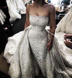 Wedding dress train - 57 Stunning Wedding Dresses With Detachable Skirts – Wedding dress train Stunning Wedding Dresses, Best Wedding Dresses, Perfect Wedding Dress, Bridal Dresses, Beautiful Dresses, Wedding Dresses For Petite, Gorgeous Dress, Event Dresses, Ball Dresses
