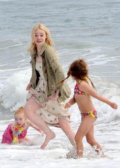 elle fanning beach | Photo 66 of 89, Elle Fanning