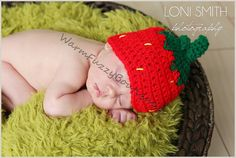 Berry style beanie! Source: http://img0.etsystatic.com/031/0/6489181/il_570xN.541044924_6co1.jpg