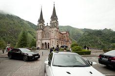 El Autosa M Drive Tour 2012 llevó a sus participantes a los pies de la Basílica de Covadonga