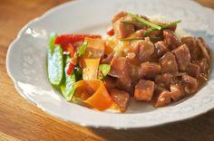 Makkarakastike Kung Pao Chicken, Pork, Yummy Food, Dinner, Sweet, Ethnic Recipes, Pork Roulade, Dining, Delicious Food