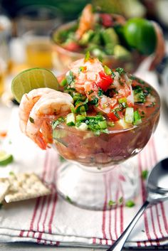 An authentic recipe for Mexican Shrimp Cocktail, easy, fresh ingredients with the help of step by step photos, delicious!