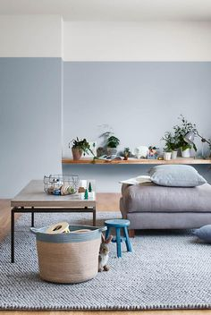 36 paint decorating ideas you'll want to try Bedroom Wall Colors, Room Paint Colors, Living Room Colors, New Living Room, Living Room Decor, Bedroom Decor, Living Room Walls, Interior Paint Colors For Living Room, Painted Feature Wall