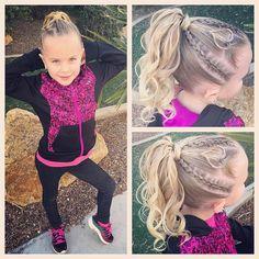 "350 Me gusta, 24 comentarios - Ashley Cardon (@ashley_cardon_hairstyles) en Instagram: ""Today we did a hairstyle inspired by @sherrymaldonado tutorial of @arianagrande high pony…"""