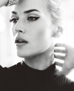 Kate Winslet - dark sculpted brow/blonde hair/bold cat eye