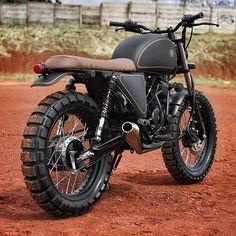 Welcome our new build, used 2011 Yamaha Scorpio 225 as a donor. Light bike, very simple and easy to ride. We like it! #kustombike #kustom #kustomkulture #custommotorcycle #motorcycle #bike #yamaha #yamahascorpio #scorpio #scrambler #tracker #trackers #studiomotor #studio_motor #jakarta #indonesia