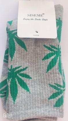 Skull Smoking Weed Wearing Weed Hat Socks Womens Comfort Crew Sock Mens Moisture Wicking Crew Sock