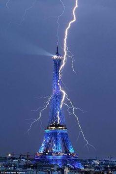 Paris sous l'orage en 2007 - Bertrand Kullik