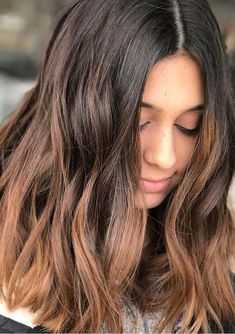 Caramel is one of the best hair color choices to sport with balayage highlights in every season of the year. Here you may see some best ideas of Caramel Balayage Highlights for 2018.