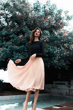 Blush color skirt - Carolina Pais for Trend Privé Magazine