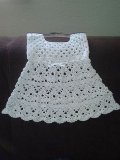 Dress Crochet very elegant with step-by-step Pattern facilities. Simple crochet very elegant Dress with step-by-step pattern facilities. Crochet Baby Dress Pattern, Baby Dress Patterns, Baby Girl Crochet, Crochet Patterns, Crochet Yoke, Pattern Dress, Crochet Toddler Dress, Crochet Dresses, Easy Crochet
