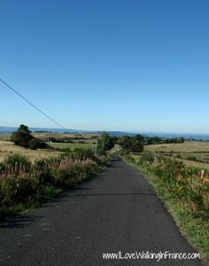 Dreaming of a long-distance walk from Aumont-Aubrac to Figeac along the GR Chemin de Saint-Jacques? The Gr, Long Distance, Saints, Country Roads, France, Life, Long Distance Love, French