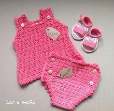 Conjunto de bebé, tejido a crochet en algodón 100% y totalmente hecho a mano.