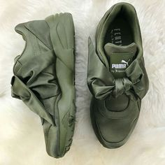 0e1048a8e547ed Puma X Rihanna Fenty Bow Sneakers  Olive Branch  Green w Receipt (women s)  Sizes