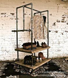 Ropa vintage americana estante de la tienda perchero piso percha para hacer el viejo tubería de hierro forjado ropa soporte de exhibición(China (Mainland))