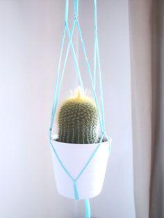 Succulent plant hanger. Macrame turquoise  by laLunaCreazioni, €10.00