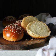 Рецепт - Булочки на кефире для бургеров или к борщу