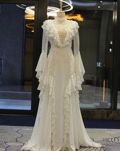Hijab Wedding Dresses, Wedding Gowns, Prom Dresses, Summer Dresses, Hijab Evening Dress, Evening Dresses, Dress Brokat Muslim, Vogue Vintage, Boho Wedding