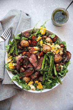 Chimichurri Steak and Veggie Salad Modern Crumb - French fries Salad Bar, Soup And Salad, Salad Sauce, Flank Steak Salad, Beef Salad, Steak Salat, Chimichurri Sauce Recipe, Vegetable Salad, Dinner Salads