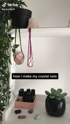 Diy Crafts To Do, Diy Crafts Hacks, Diy Crafts Jewelry, Crystals And Gemstones, Stones And Crystals, Crystal Aesthetic, Crystal Healing Stones, Book Of Shadows, Diy Gifts