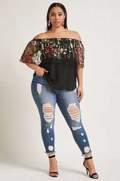 33 Plus Size Blouses To Look Cool Size Blouses Source by petpenufva Curvy Girl Fashion, Modest Fashion, Plus Size Fashion, Fashion Outfits, Womens Fashion, Fashion Trends, Trending Fashion, Fashion 2018, Looks Plus Size