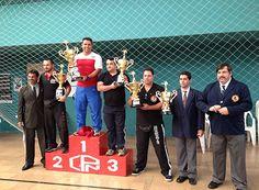 CPN é campeão de etapa do Circuito de Caratê http://www.passosmgonline.com/index.php/2014-01-22-23-07-47/esporte/6280-cpn-e-campeao-de-etapa-do-circuito-de-carate
