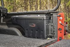 This ingenious Armis Swing Case from Rugged Ridge really stands out for weather-resistant storage convenience in your 2020 Jeep Gladiator JT. Can carry trail gear, tools, safety gear, food, or you need to store safely in the bed of your Gladiator. Jeep Jt, Jeep Gear, Jeep Mods, Truck Bed Accessories, Jeep Wrangler Accessories, Gladiator Storage, Rugged Ridge, Motorcycle Trailer, Wrangler Jl