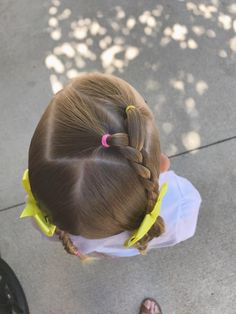 Each of these hairdos are fairly easy and are great for novices, fast and easy young one hair styles. Easy Toddler Hairstyles, Baby Girl Hairstyles, Dance Hairstyles, Princess Hairstyles, Hairstyles For School, Headband Hairstyles, Trendy Hairstyles, Girl Hair Dos, Hair Due