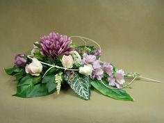 GLADIOLA RÓŻE róż wenecki 1064.3 stroik na grób Kompozycje kwiatowe Marko604