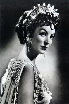 Emperatriz Romana Messalina   encarna la Diva Mexicana María Félix 1951