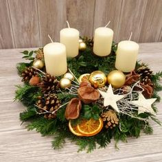 Christmas Wreaths, Christmas Crafts, Christmas Decorations, Table Decorations, Holiday Decor, Aesthetic Couple, Pagan Yule, Christmas Candle Holders, Advent Wreath