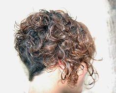 Önü Uzun Arkası Kısa Kıvırcık Saç Kesim Modelleri