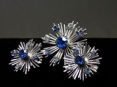 Sarah Coventry Blue Snowflake Brooch and Earring Demi Silver