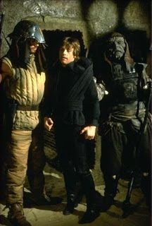 Luke Skywalker and some friends from Star Wars Return of the Jedi Star Wars Luke Skywalker, Mark Hamill Luke Skywalker, Star Wars Film, Star Wars Episoden, Princesa Leia, Star Wars Pictures, Love Stars, Star Wars Characters, Movie Photo