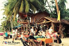 Freeway Bar & Bamboo Tattoo - Freeway is more than just a bar it's FUN on the beach. #Ilovekohphangan #Kohphangan #Thailand #Southeastasia — at Koh Phangan, Thailand.