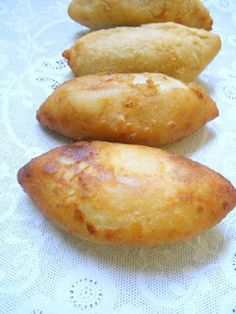 Potato Recipes, Baby Food Recipes, Cooking Recipes, Papas Rellenas Recipe, Tapas, Chilean Recipes, Chilean Food, Potato Croquettes, Dominican Food