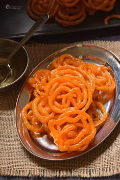 Instant Jalebi Festive Sweet Indian - best ever recipe for Instant Indian Sweet Jalebi Indian Dessert Recipes, Indian Sweets, Sweets Recipes, Cooking Recipes, Easy Recipes, Orange Food Coloring, Instant Recipes, Indian Street Food, Orange Recipes