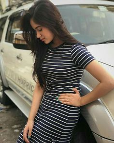 Jannat Zubair Rahmani is Indian One Of Cutest Actress and Tiktok Star Now. Jannat Zubair Rahmani Images Are So Cute And At Same Time Hot. Teen Celebrities, Bollywood Celebrities, Bollywood Actress, Celebs, Stylish Girls Photos, Stylish Girl Pic, Cute Girl Poses, Cute Girl Photo, Girl Pictures