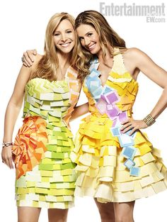 Romy and Michelle. Lisa Kudrow and Mira Sorvino reunited to pay homage to the film and post it notes.