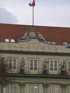 Czech Republic, Mansions, Architecture, House Styles, City, Home Decor, Arquitetura, Decoration Home, Manor Houses