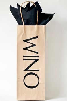 WINO wine bag: easy, whimsical and totally sweet. I'd love to make it say vino too: =)