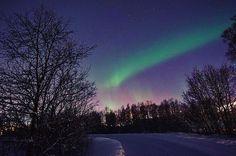 Tromsø.... My love for you is like an Aurora Borealis #norway #tromso #scandinavia #aurora #auroraborealis #northernlights #instagood #instamood #instafamous #instagallery #instatravel #instagramers #bestoftheday #dubai #uae #myphoto #holiday#mytravelgram #instacool #myphoto #instalove #tweegram #النرويج #ترومسو #الشفق_القطبي