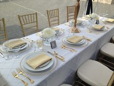 Gold rentals and decor by Grand Event Rentals at www.grandeventrentalswa.com