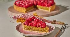 Málnás pite pisztáciával töltve recept | Street Kitchen Tiramisu, Cheesecake, Muffin, Recipes, Food, Cheesecakes, Essen, Muffins, Eten