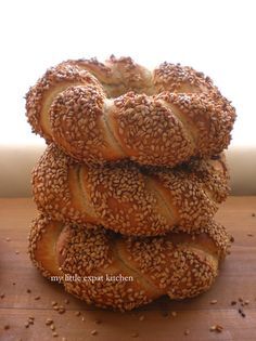 Greek Politiko Simiti / Koulouri (Braided Bread Rings Coated with Grape-Must Syrup and Sesame Seeds) by My Little Expat Kitchen Greek Bread, Cyprus Food, Bread Recipes, Cooking Recipes, Macedonian Food, Kitchen In, Grape Recipes, Braided Bread, Greek Cooking