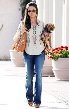 Vanessa Minnillo's Maternity Style: March 10, 2012