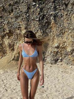 Shop Floryday for affordable Swimwear. Floryday offers latest ladies' Swimwear collections to fit every occasion. Brasilianischer Bikini, Bikini Poses, Bikini Girls, Bikini Beach, Sporty Bikini, Scrunch Bikini, Blue Bikini, Cute Swimsuits, Cute Bikinis